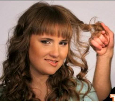 Описание: b как накрутить волосы на бигуди фото, как