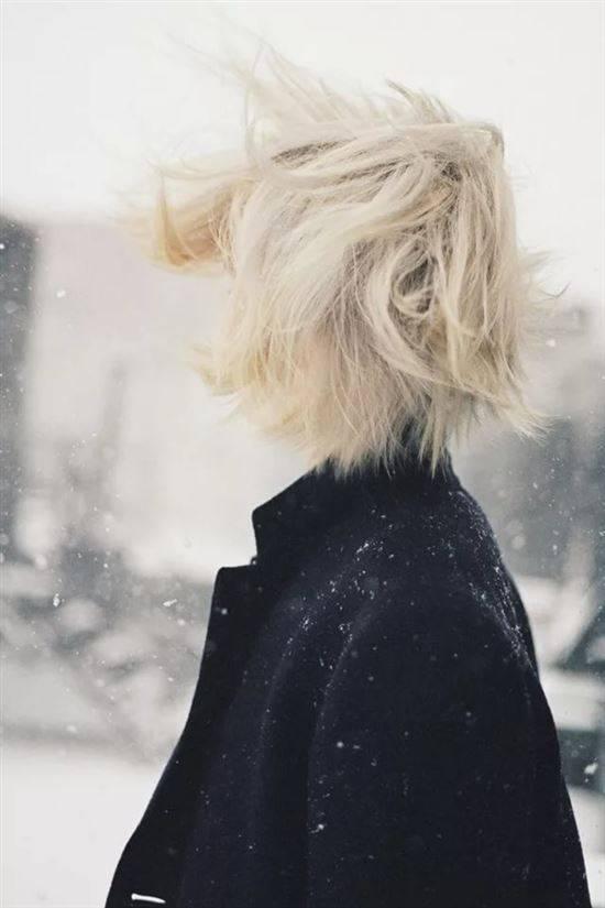 Картинки девушек блондинок на аву без лица с короткой стрижкой