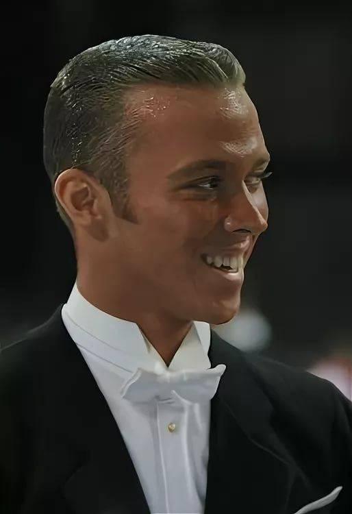фото мужских причесок для бальных танцев тесной
